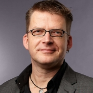 Dr. Robert Richter